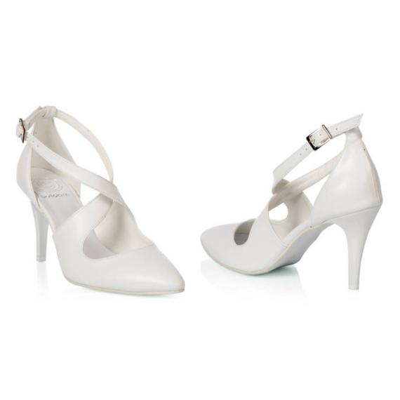Xena menyasszonyi cipő